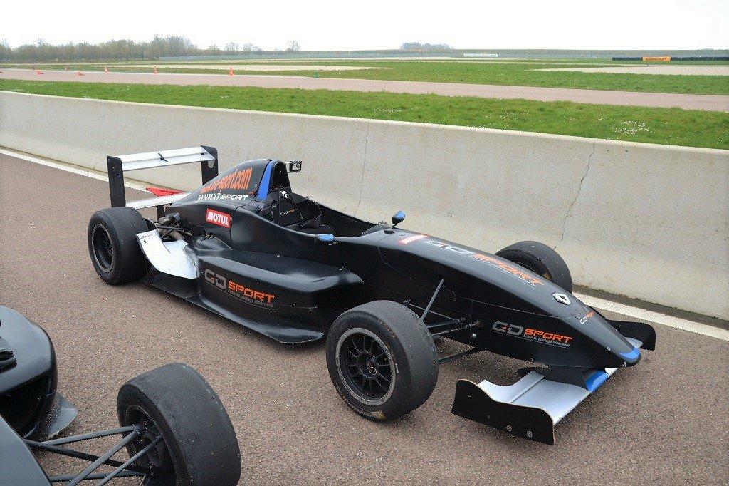 Stage de pilotage Formule Renault: le plein de sensations