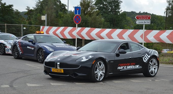 Roadshow Luxembourg - Safety car Fisker Karma et Nissan GT-R