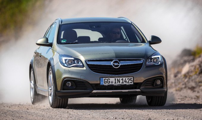 Opel Insignia Country Tourer - vue de face